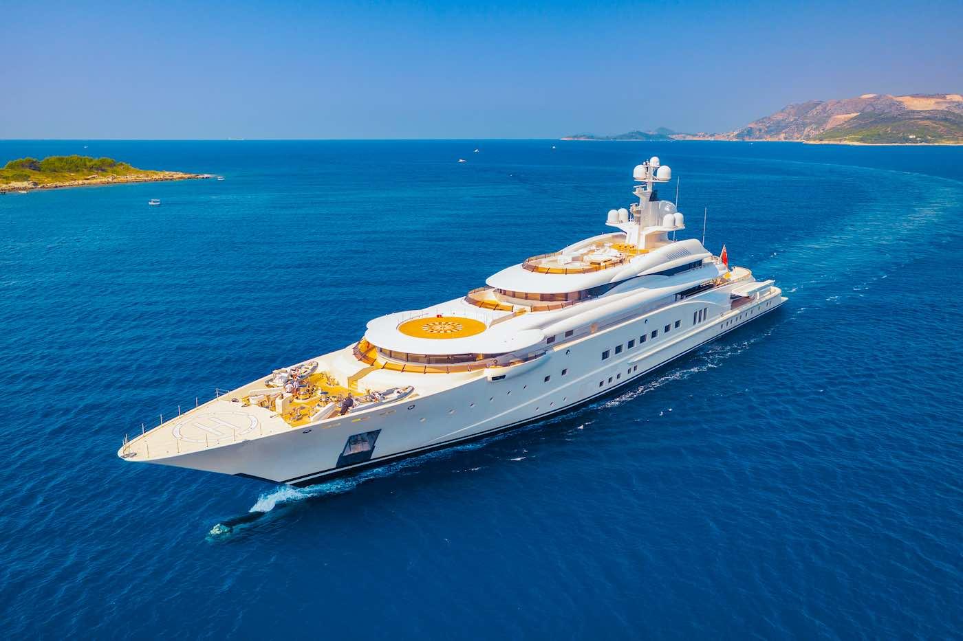 Los principales fabricantes de yates de lujo 2021: Conozca los 25 astilleros que construyen los mejores superyates que navegan hoy por el mundo