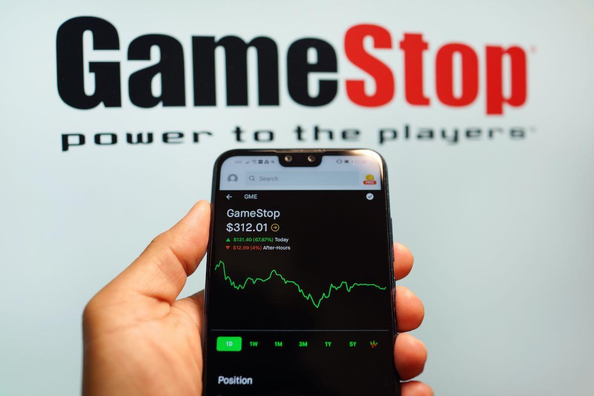 Los expertos de Inversión Pasiva explican el auge de activos en tendencia como son Bitcoin o GameStop y, sobre todo, las claves para reaccionar.