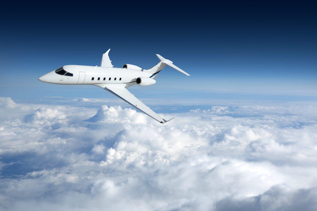 El grupo hotelero mexicano de lujo Velas Resorts y el servicio de jet privado Air Partner se asocian.