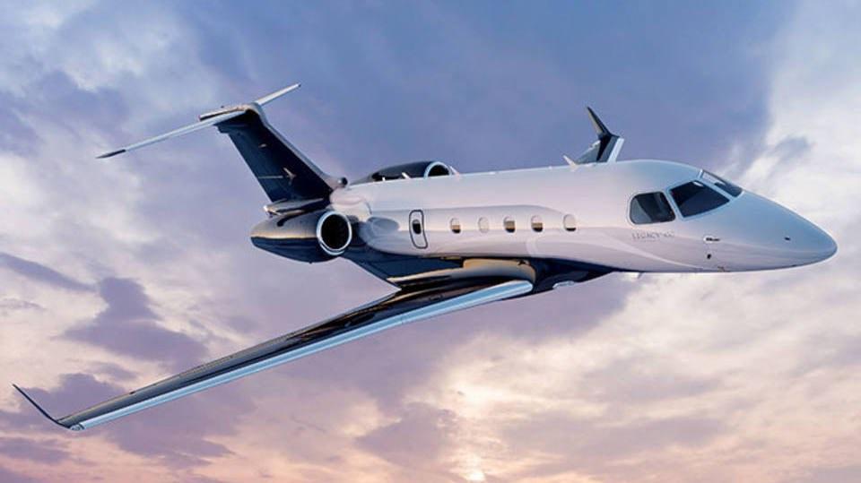 Avión ejecutivo con lujos y rendimientos incomparables.