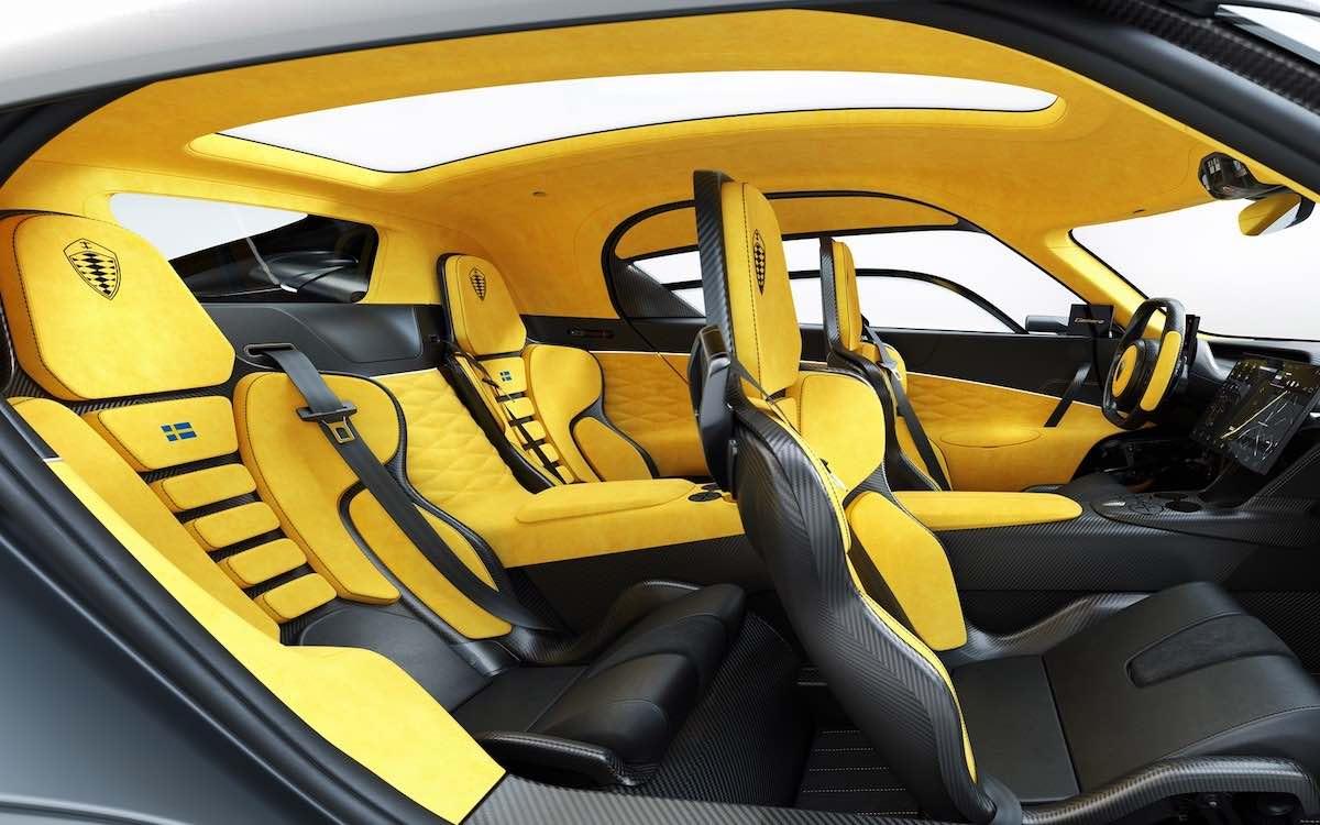 El exclusivo superdeportivo es el primer cuatro plazas de producción del fabricante sueco.