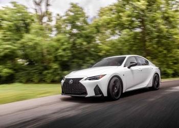 """Llegan los viajes por carretera para el bienestar con los """"Retreats in Motion"""" de Lexus"""