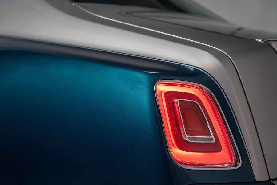 Rolls-Royce Phantom 'Iridescent Opulence' presentado en Abu Dhabi