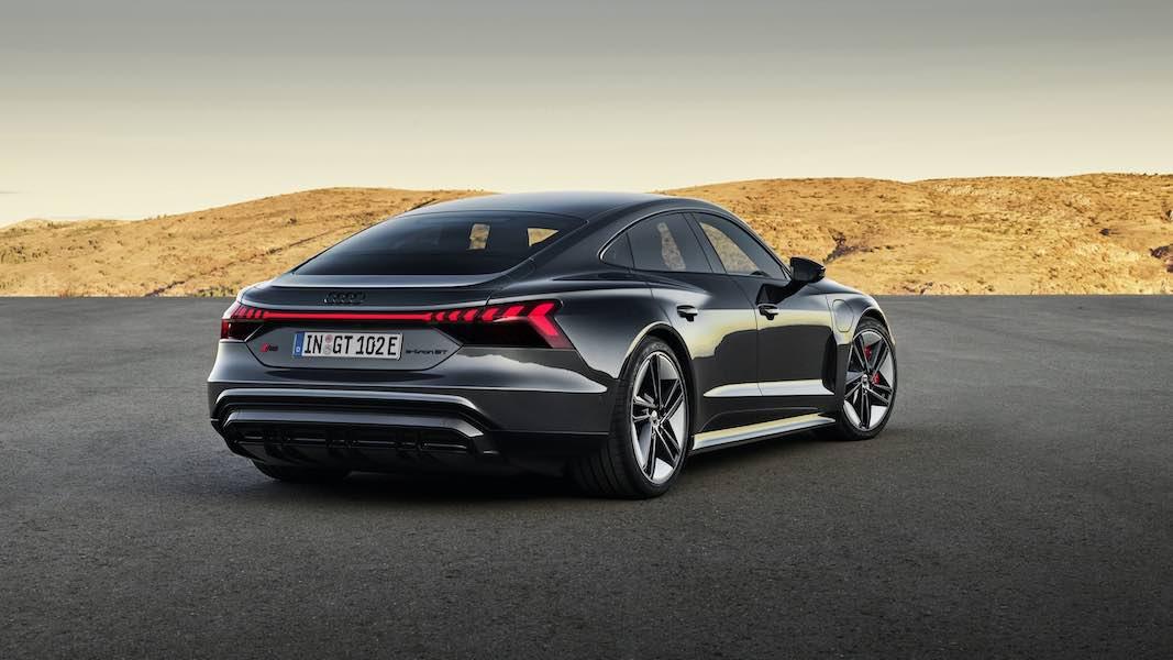El nuevo Audi e-tron GT 2022: El fabricante alemán de automóviles reveló el rival más cercano al Porsche Taycan
