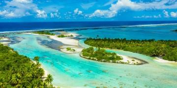 Isla atolón en la Polinesia Francesa