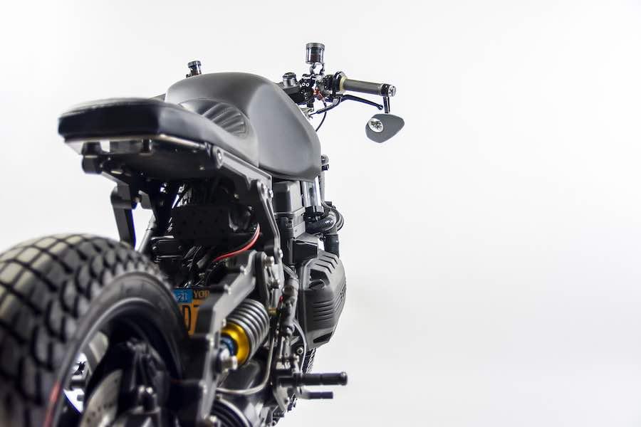 Esta motocicleta personalizada de Marek Kruszynski captura perfectamente el estado mental de Nueva York.