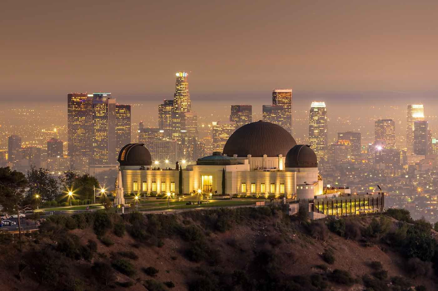 Los Angeles Tourism en colaboración con Cercle, te invita a un Livestream desde el icónico Observatorio Griffith con el dúo ganador del Grammy, Bob Moses.