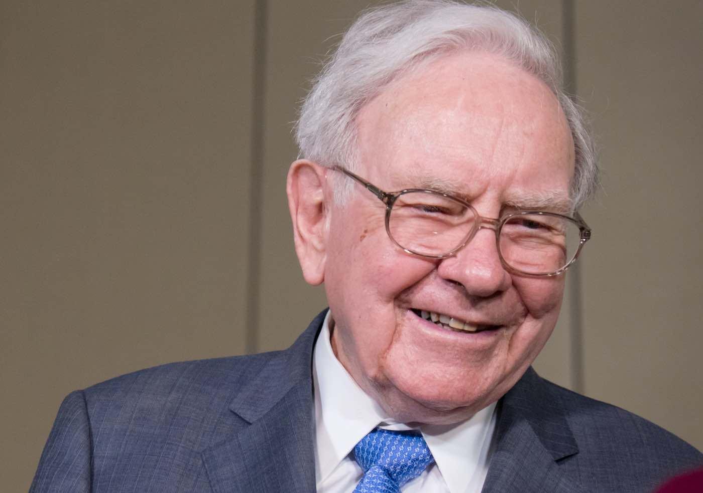 La fortuna de Warren Buffett alcanza por primera vez los 100.000 millones de dólares