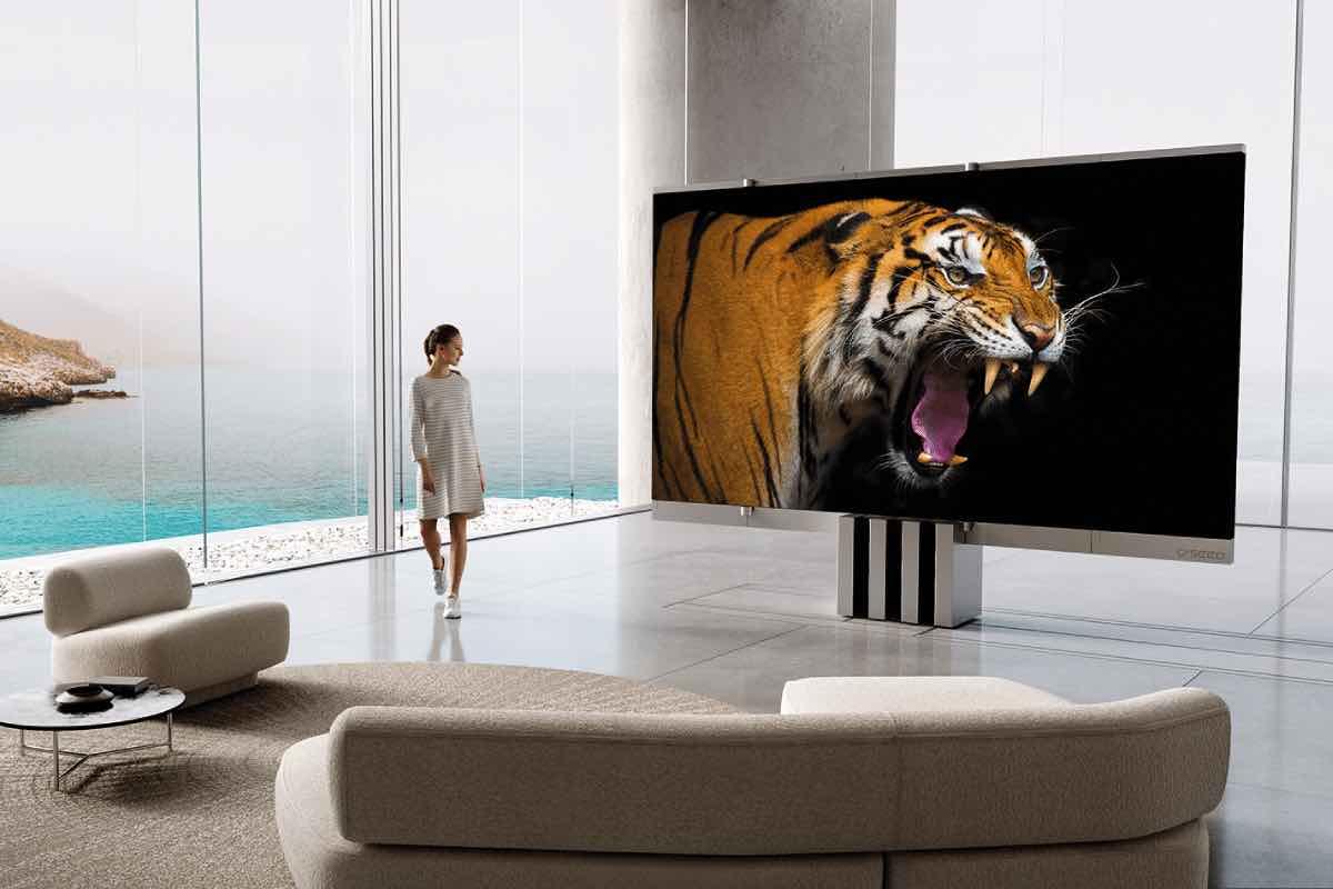Presentan el primer televisor MicroLED plegable del mundo, con pantalla de 165 pulgadas y precio de 400.000 dólares