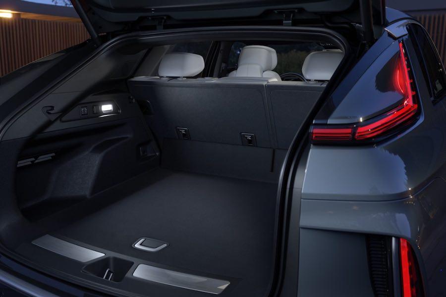 Cadillac LYRIQ 2023 debuta y anuncia un futuro eléctrico