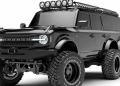 Una bestial camioneta 6x6 personalizada por Maxlider Brothers Customs.
