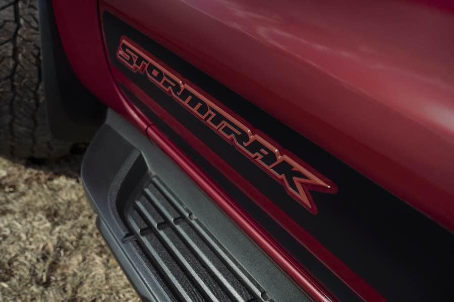 Ford añade las nuevas y exclusivas ediciones limitadas Ranger Stormtrak y Wolftrak a la gama de pickups más vendida de Europa