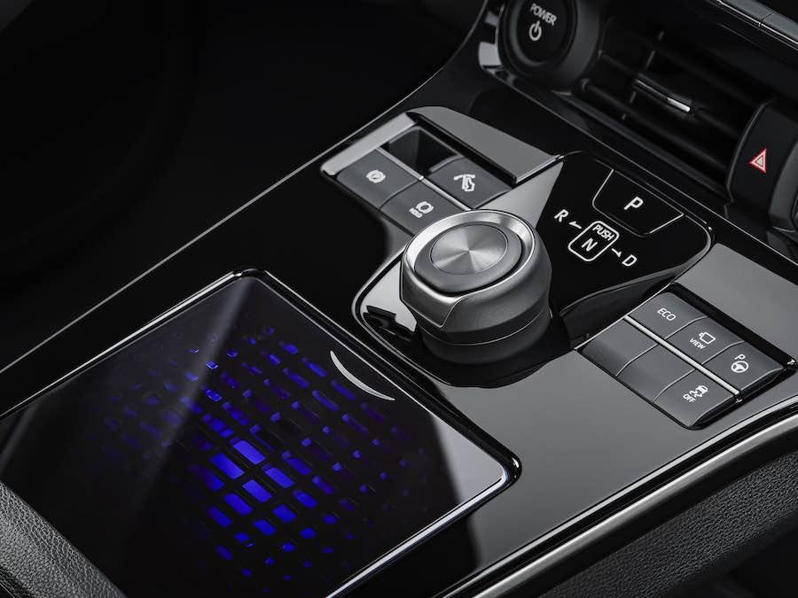 El fabricante japonés anuncia una nueva familia de vehículos eléctricos de batería.
