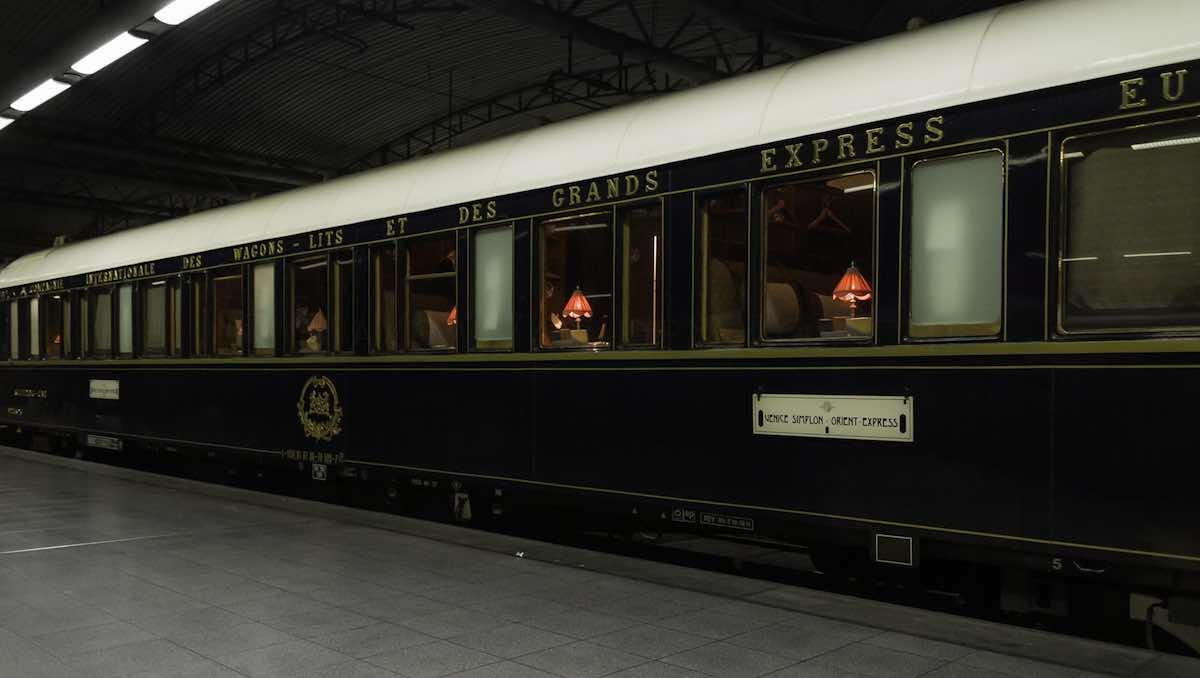 Venice-Simplon Orient Express - Viaje a través de Europa con estilo en tren.