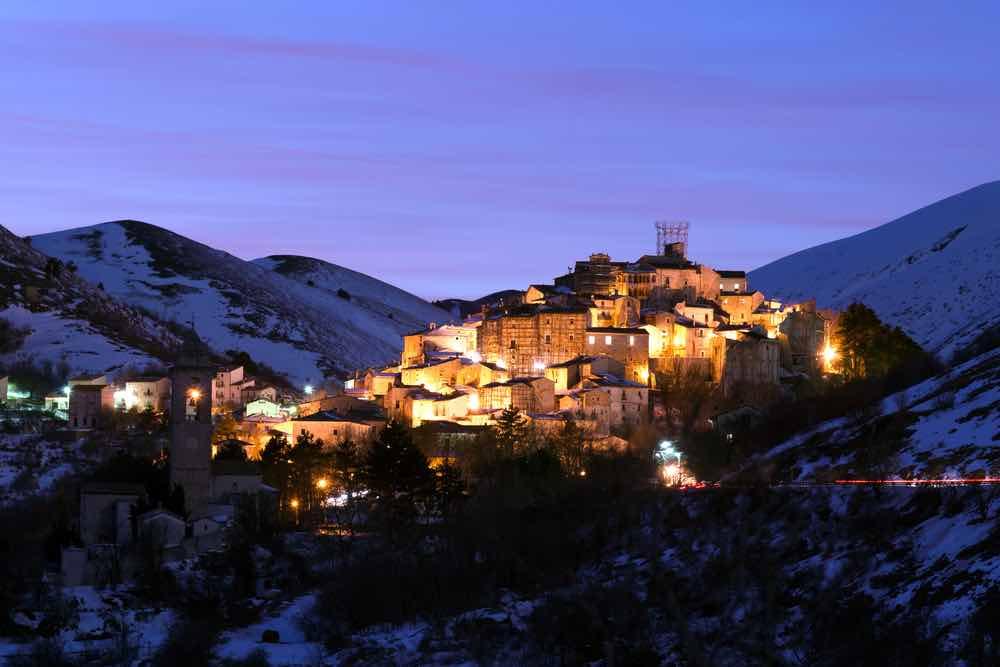 Santo Stefano di Sessanio, una de las ciudades más bellas de Italia.