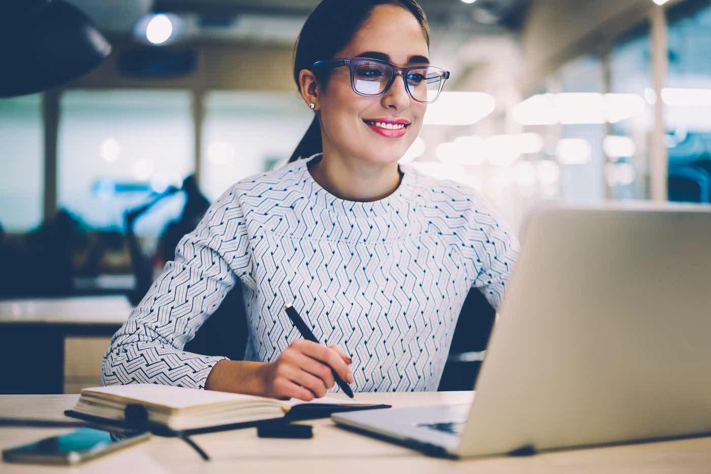 Cómo comenzar tu propia tienda online sin inventario; aprenda sobre Dropshipping