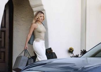 INFINITI presenta el nuevo QX60 MY22, protagonizado por Kate Hudson