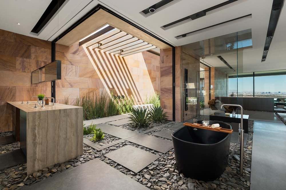 Vegas Modern 001 es una lujosa mansión ecológica en Las Vegas para un millonario aficionado a los coches