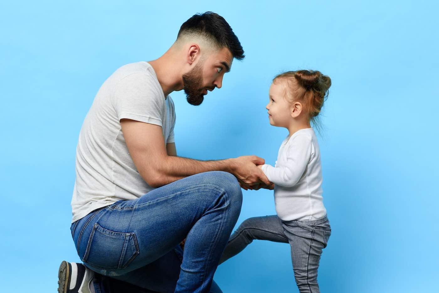 4 de cada 5 padres no saben cómo hablar con sus hijos sobre el dinero.
