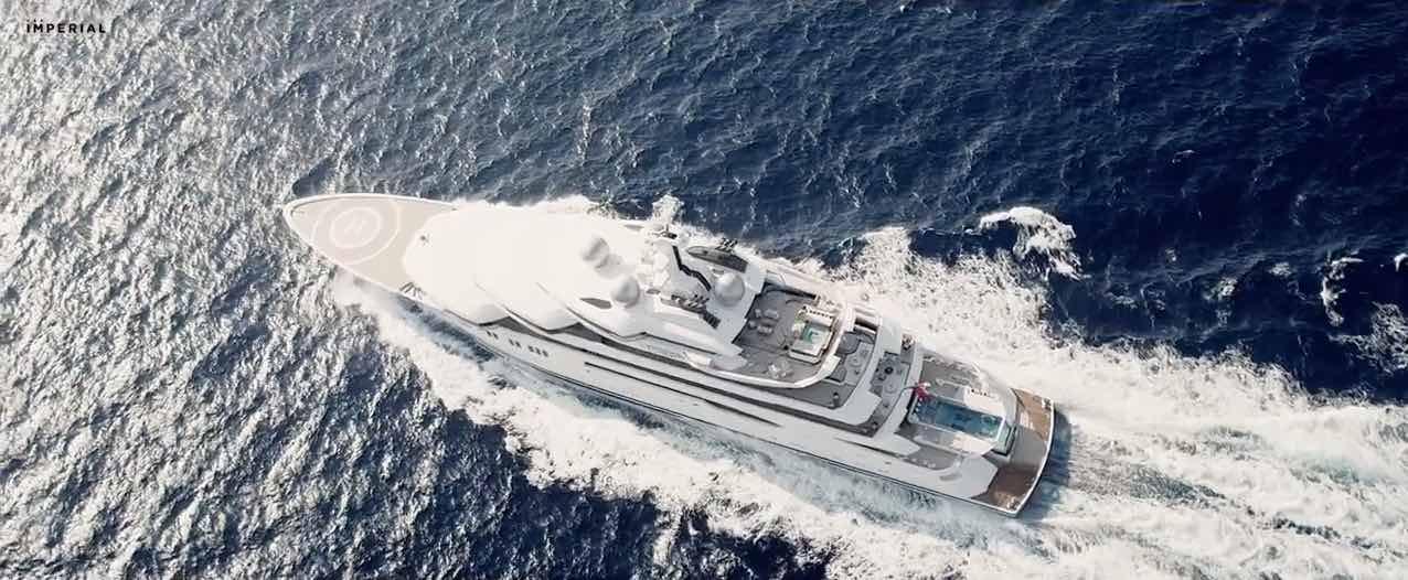 Superyate AMADEA - Lürssen 106.10m por Imperial Yachts