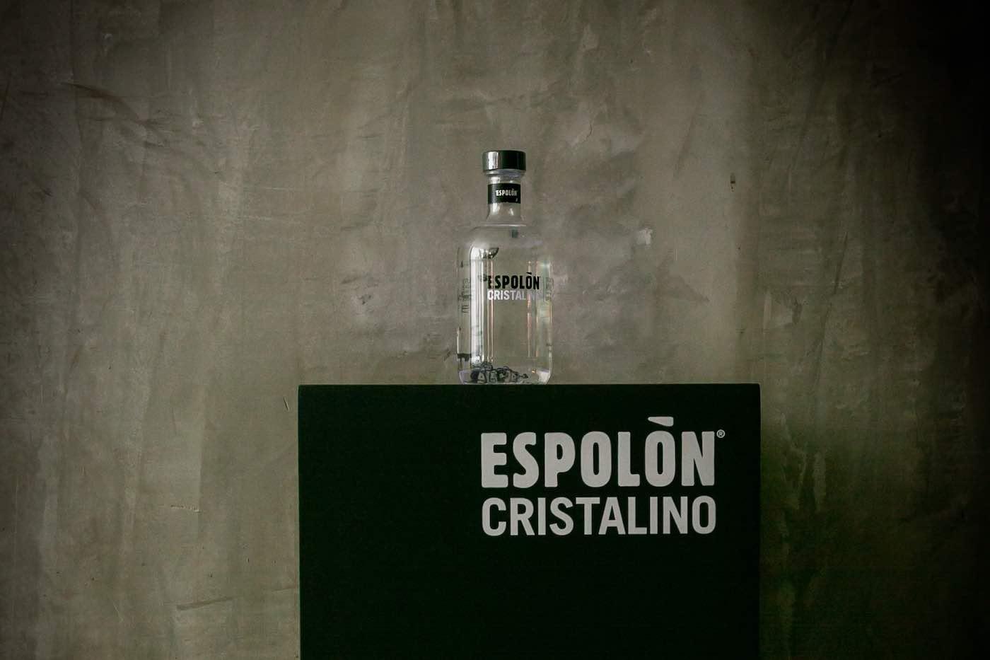 Conoce el nuevo Tequila Espolón Cristalino.