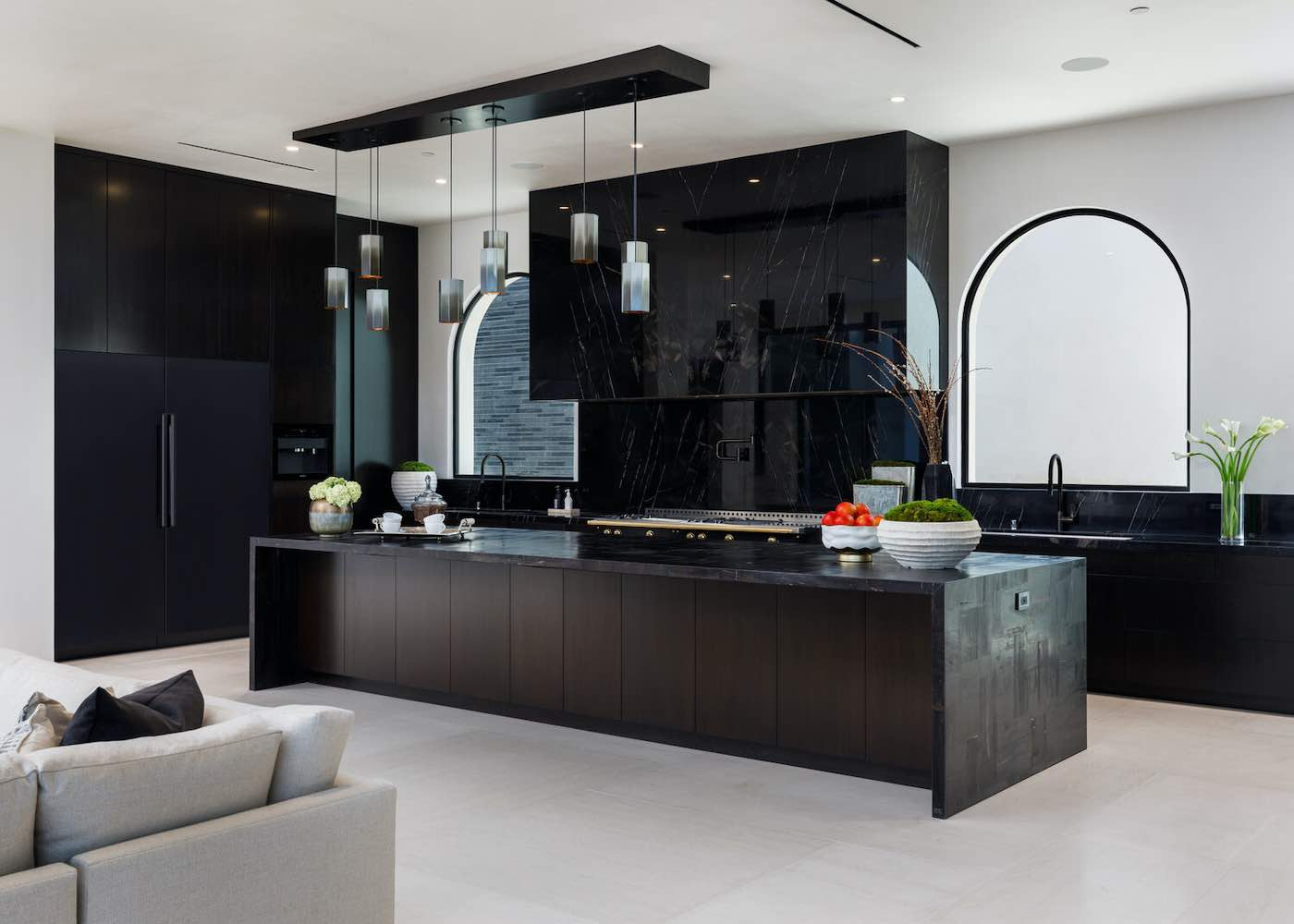 UNICA - Esta increíble mega mansión en Bel Air ahora puede ser tuya por $78.000.000