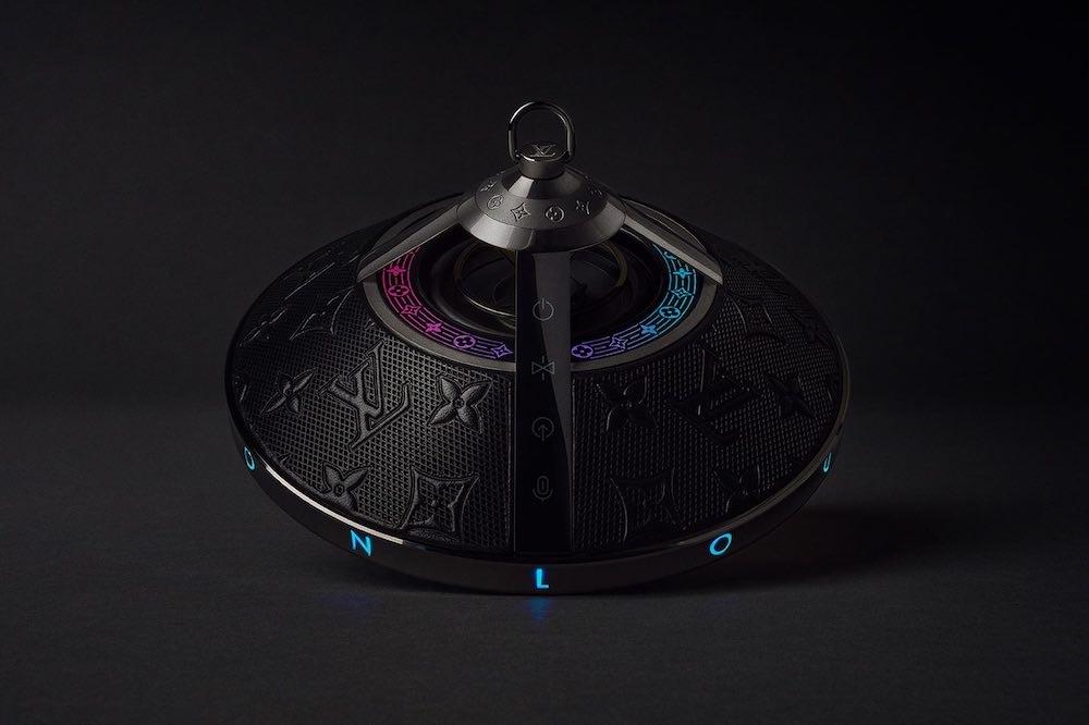Disfruta la música con espectáculos LED con el nuevo speaker de Louis Vuitton.