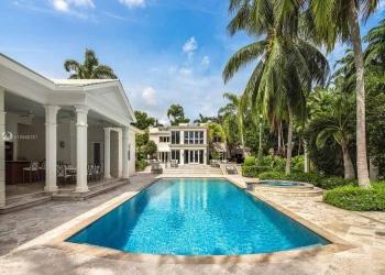 """Don Francisco, presentador de """"Sábado Gigante"""", vende su mansión en Florida por 23,8 millones de dólares"""