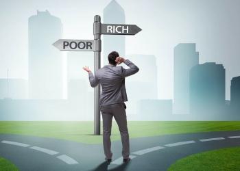 Empresario toma una decisión difícil: pobre o rico