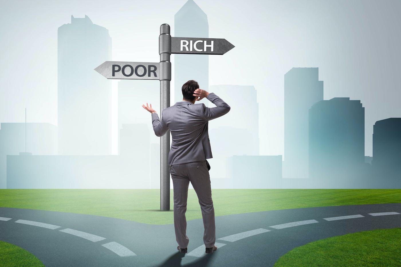 7 cosas que hacen los pobres que los ricos no hacen