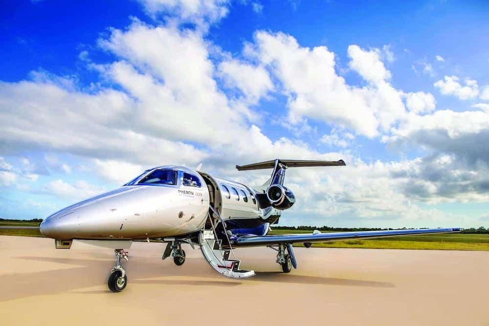 Las mejores aeronaves pequeñas que puedes comprar hoy: Embraer Phenom 100