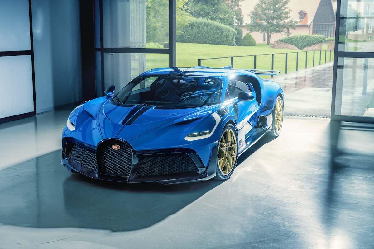 Bugatti Divo: El modelo final es entregado al cliente en Europa