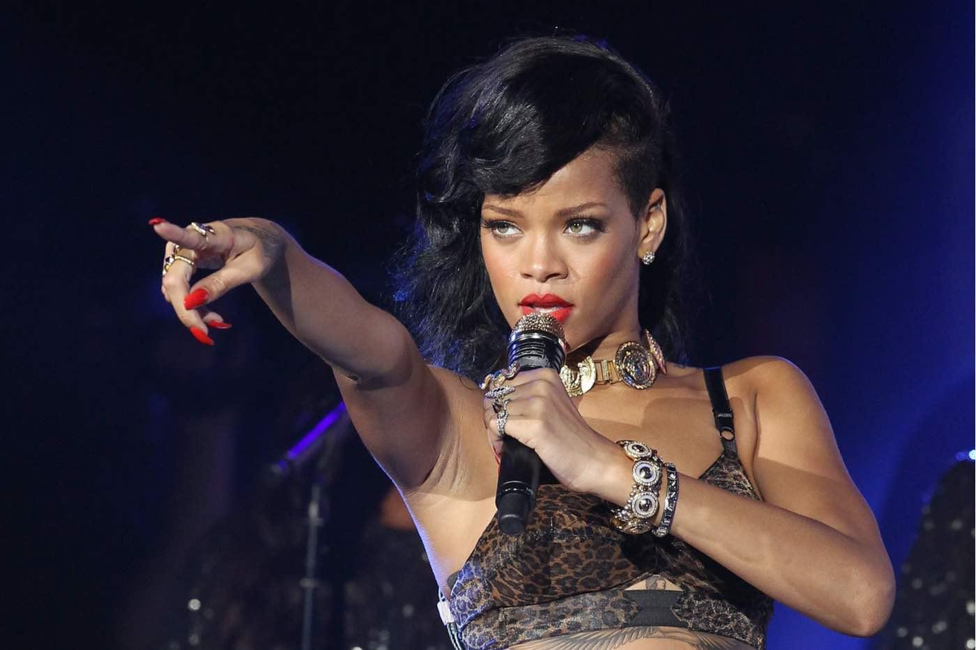 Rihanna se convierte en la músico femenina más rica del mundo, según Forbes