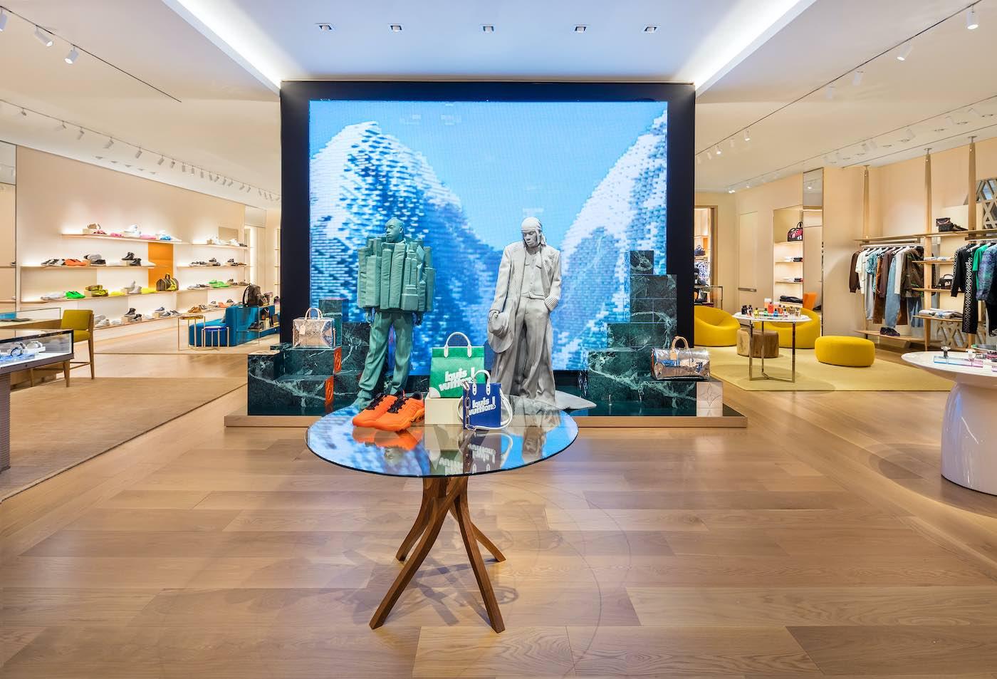 Louis Vuitton abre una tienda exclusiva para hombres en Texas.