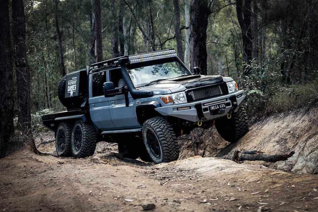 Las mejores camionetas todoterreno 6×6 de 2021: Patriot Campers LC79 Megatourer 6x6