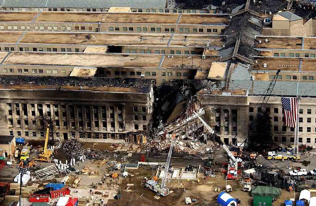 Vista aérea del Pentágono durante las operaciones de rescate posteriores al 11 de septiembre.
