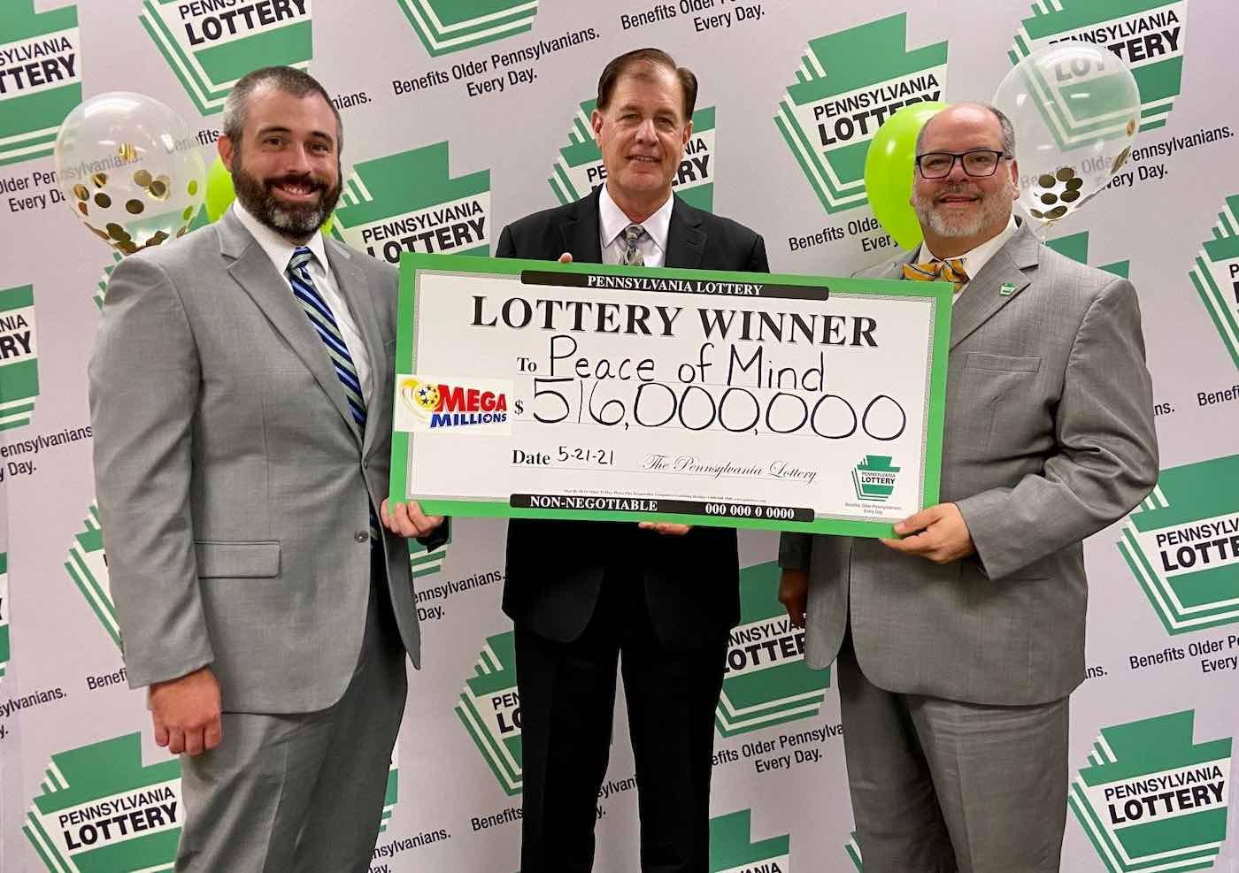 5 ganadores del Mega Millions forman un fideicomiso y reclaman $516 MILLONES