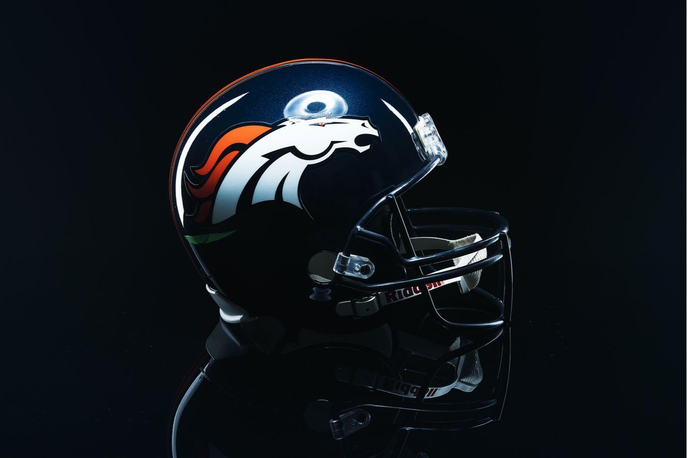 Surgen dos potenciales compradores interesados en los Broncos de Denver, Jeff Bezos y Jay-Z