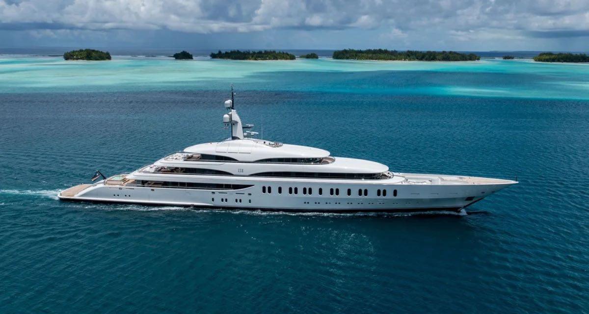 El magnate James Packer pone su superyate IJE a la venta por más de $205 millones