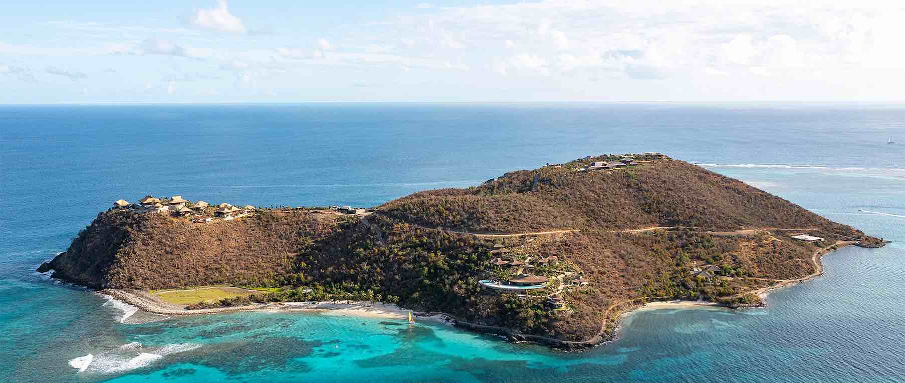 La esperada y flamante Moskito Island Estate de Richard Branson hace su debut