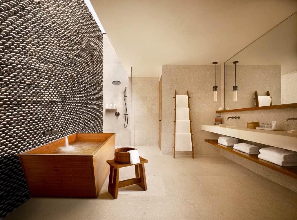 Ubicado en el extremo sur de la península de Baja California, el exclusivo hotel ofrece vistas extraordinarias y un lujo inigualable.