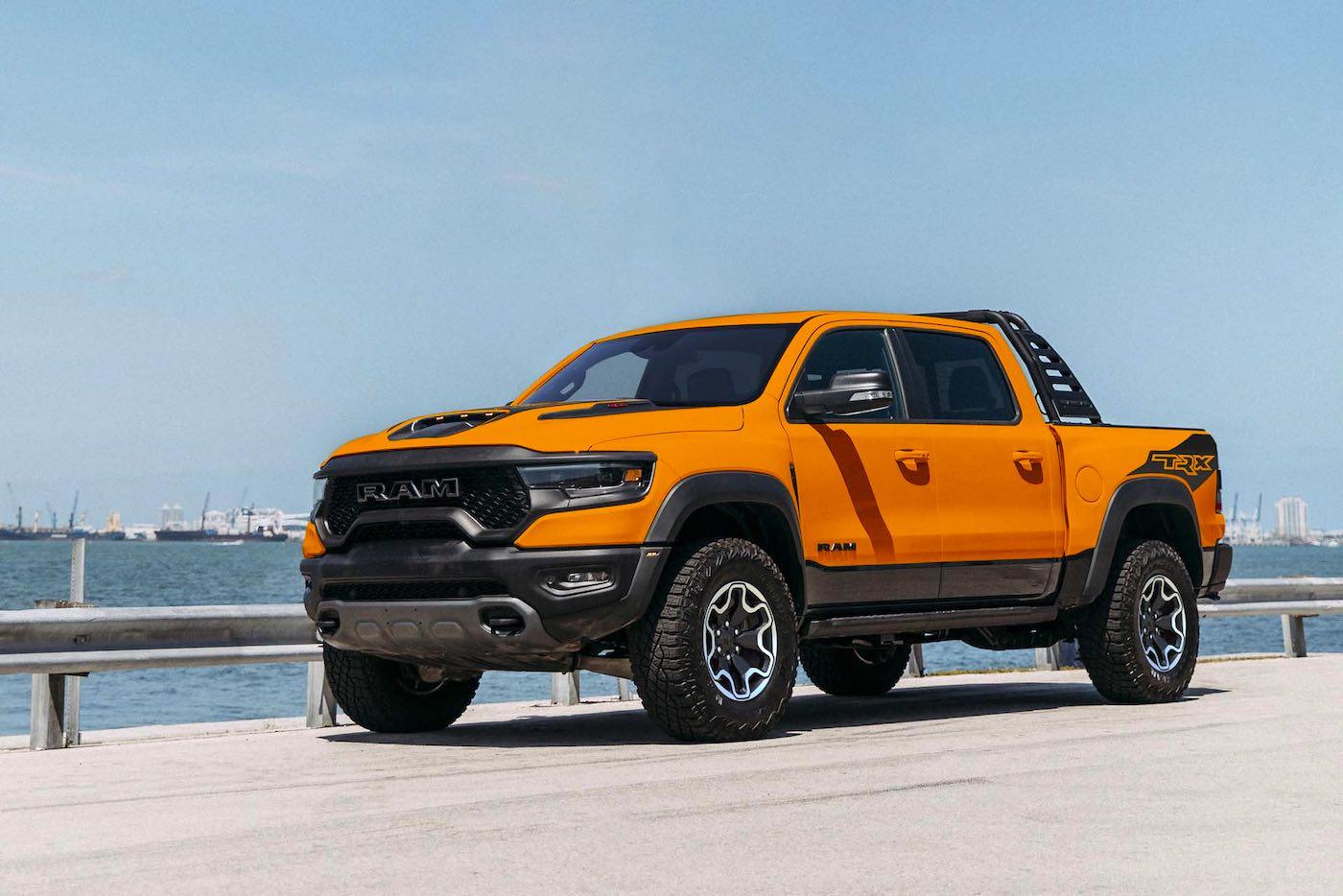 La Ram 1500 TRX Ignition Edition 2022 ahora viene en un exclusivo color naranja brillante