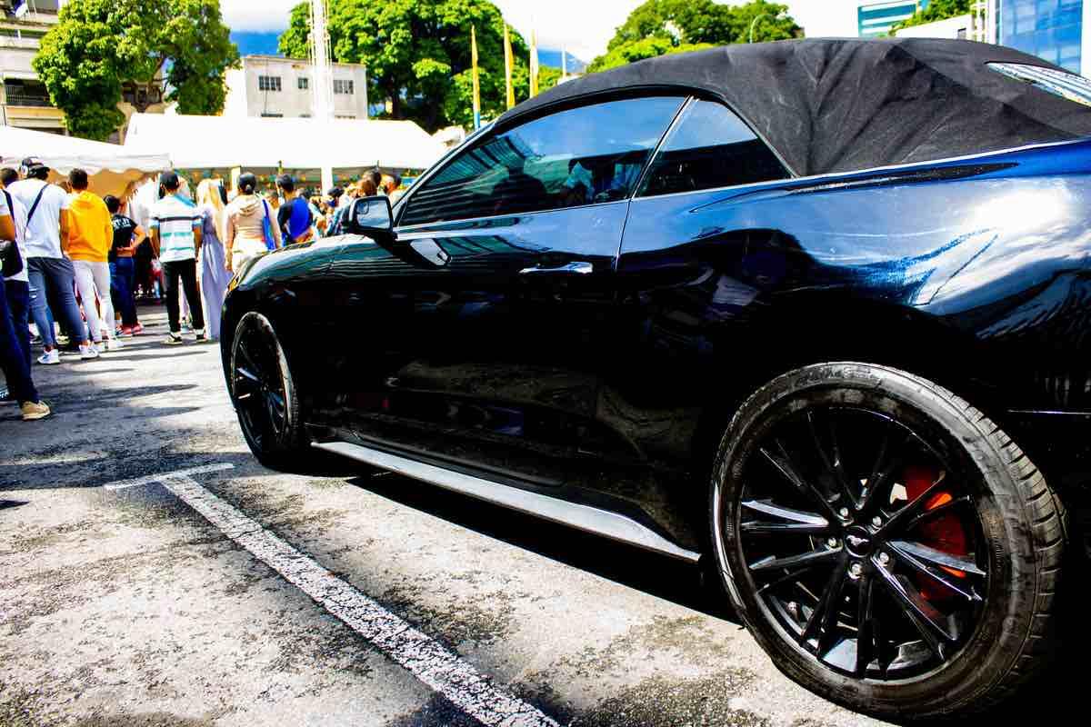 Venezuela es la meca de los coches de lujo robados