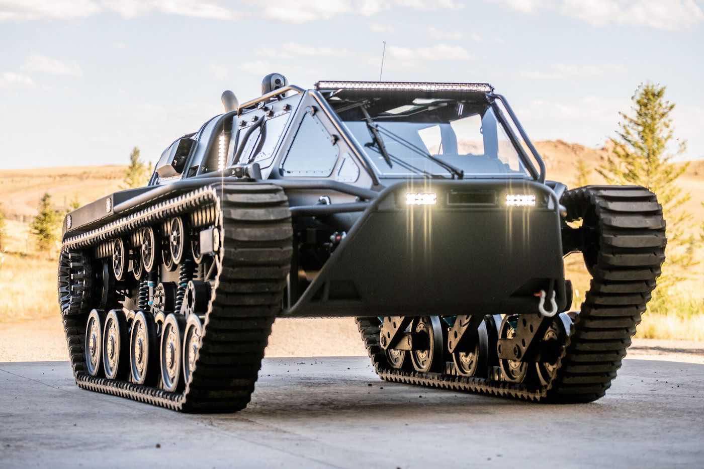 Howe & How Ripsaw EV3-F4 2020: Este supertanque de lujo se está subastando