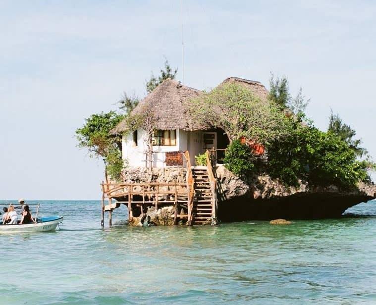The Rock, otro de los restaurantes más inusuales en el mundo, ubicado en Zanzíbar, Tanzania.