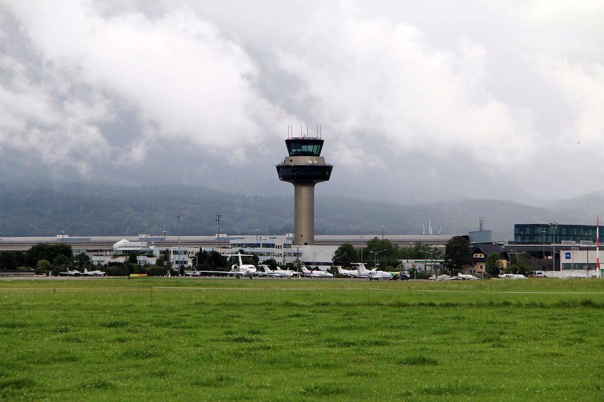 Aeropuerto de Salzburgo, Austria