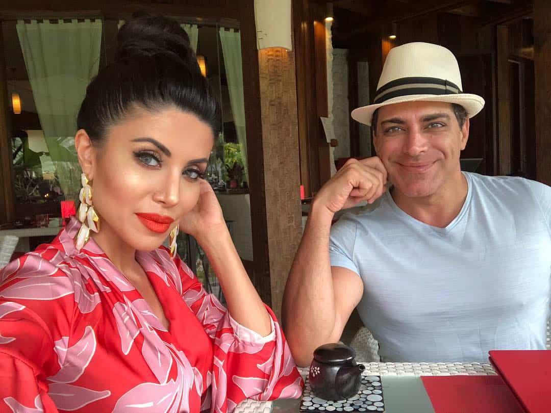 Manny Khoshbin y Leyla Milani