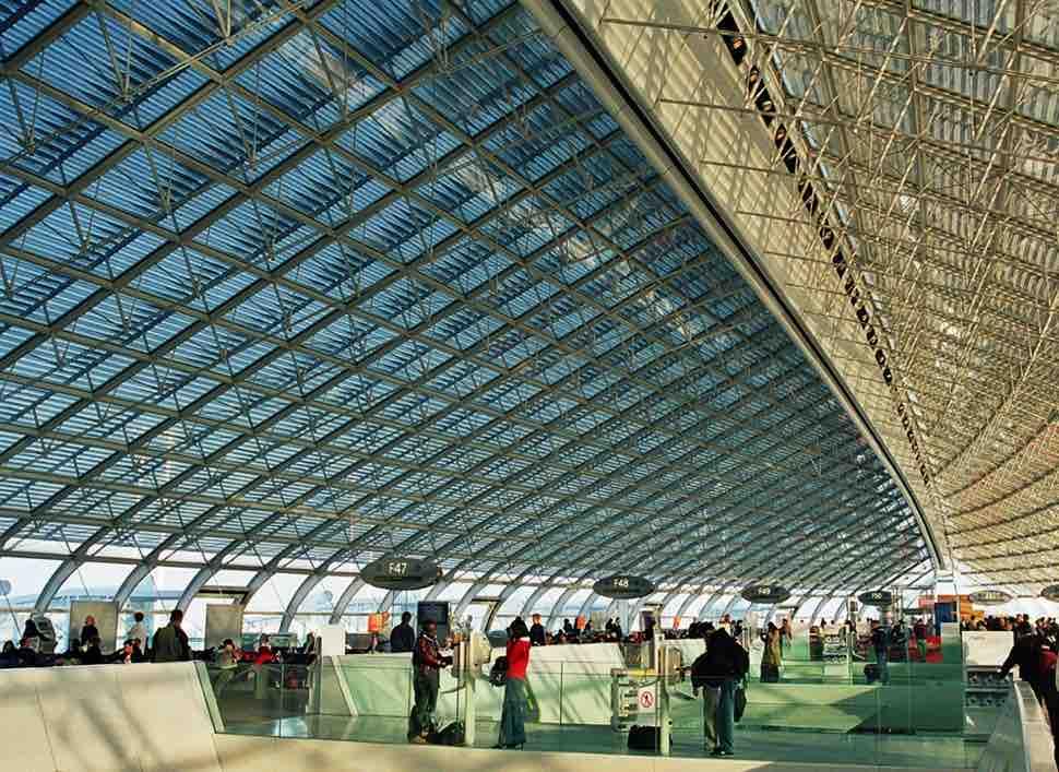 Interior de la Terminal 2F