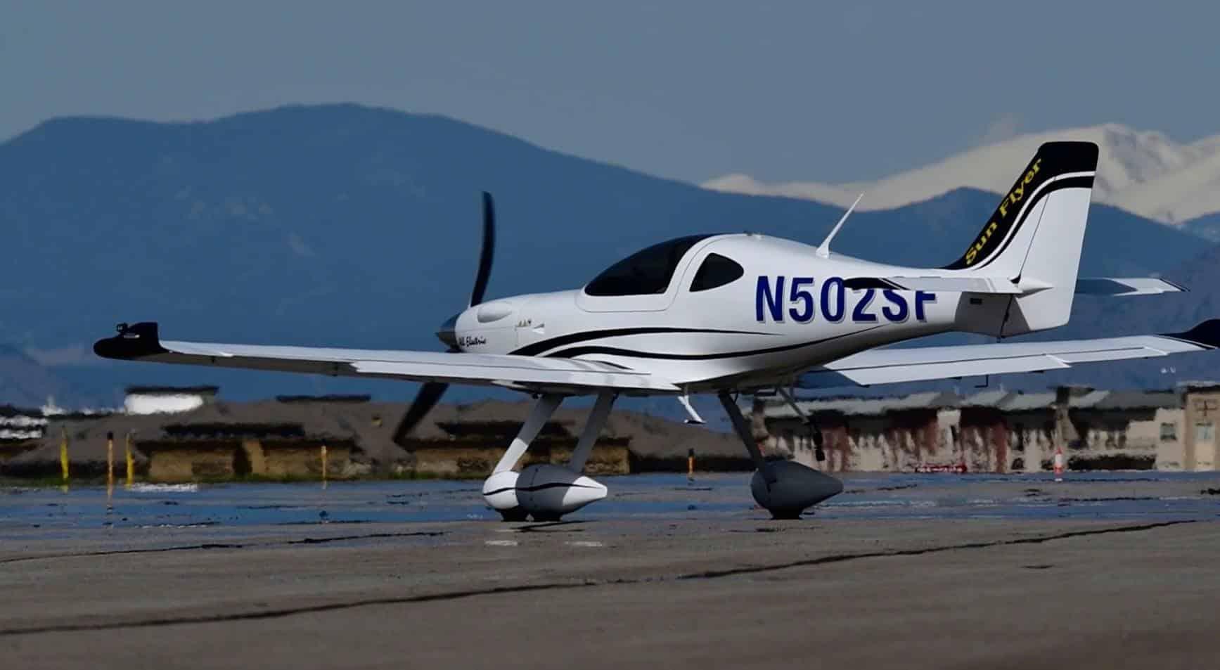 Bye Aerospace eFlyer 2: Un avión eléctrico que podría revolucionar la industria de la aviación